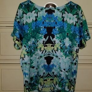 Beautiful Vince Camuto blouse